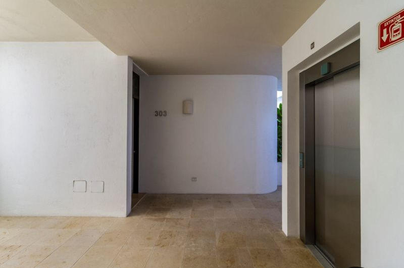 Condo for Sale in Playa del Carmen. SR1531